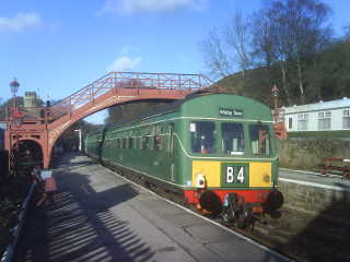 101680 at Goathland station